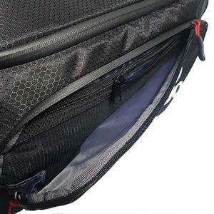 compartiment de rangement du sac de voyage
