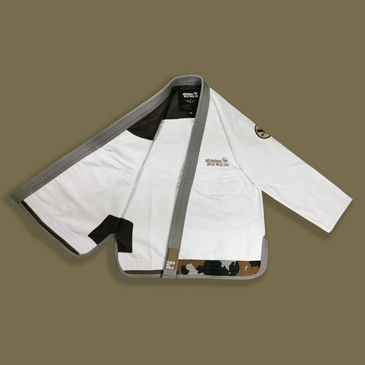 Kimono jjb Camo avec veste ouverte